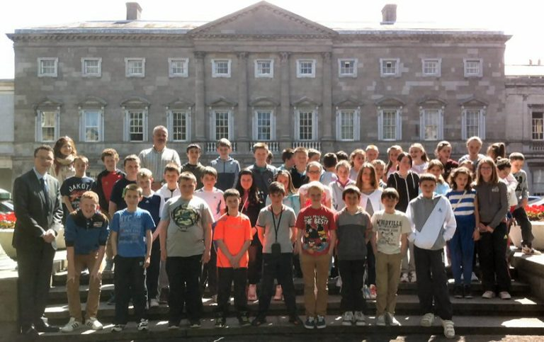 Patrick O'Donovan TD with pupils and staff from Athea National School on their visit to Leinster House