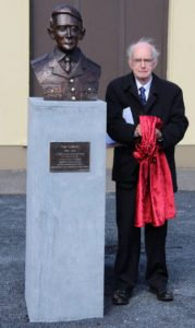 Con Colbert's, grand nephew, also named Con Colbert, unveiling the bust on Sunday last.